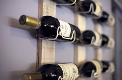 SplitShire_italian_wine_rack-768x506