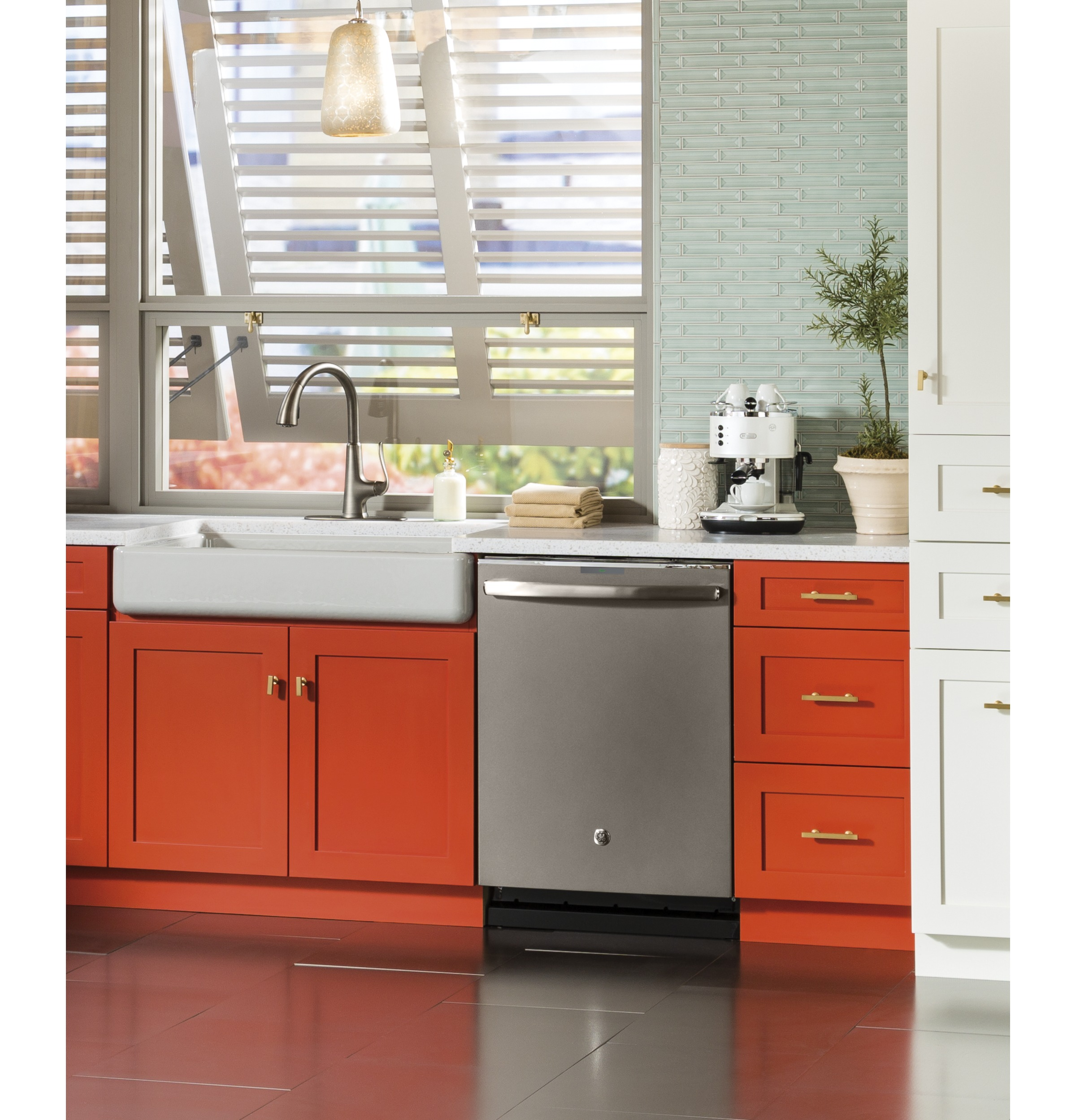 kitchen appliance color KBtribechat