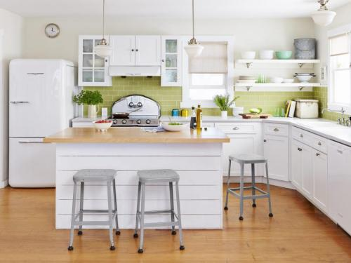 Elmira Stove Works - White & Lime Kitchen
