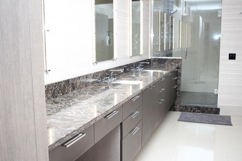 Bob Os Bathroom 2